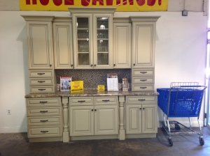 Another kitchen cabinet style--very chic!